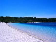 Lake McKenzie, Fraser Island (image)